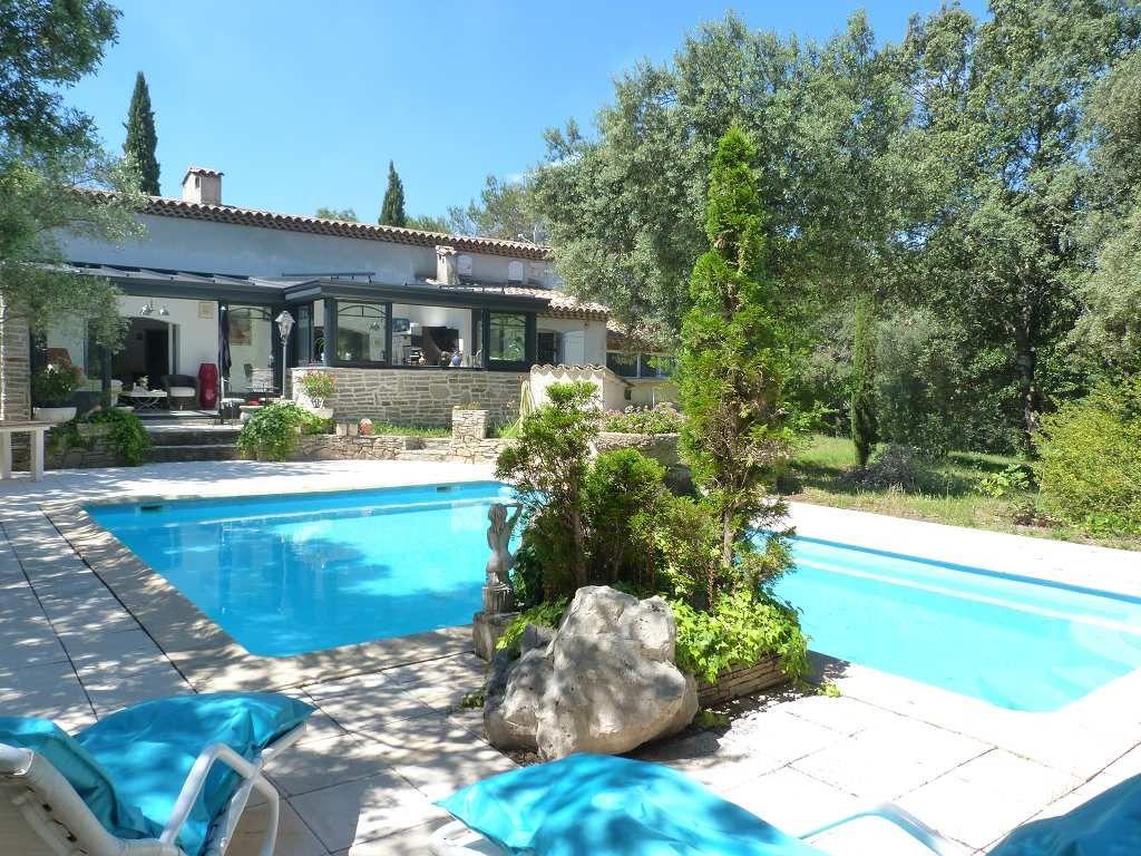 Maison en vente saint mathieu de treviers rf340134854 for Agence de vente de maison