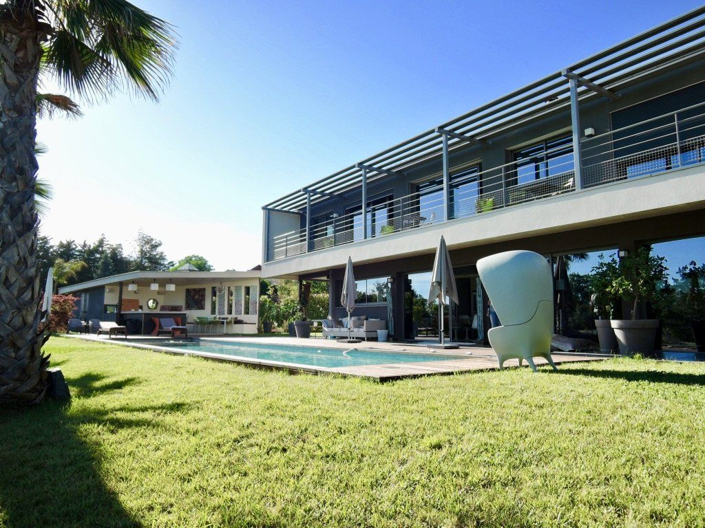 Maison architecte montpellier maison moderne for Achat maison montpellier