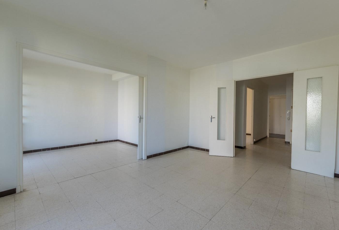 A vendre Montpellier 340147275 Agence galerie casanova