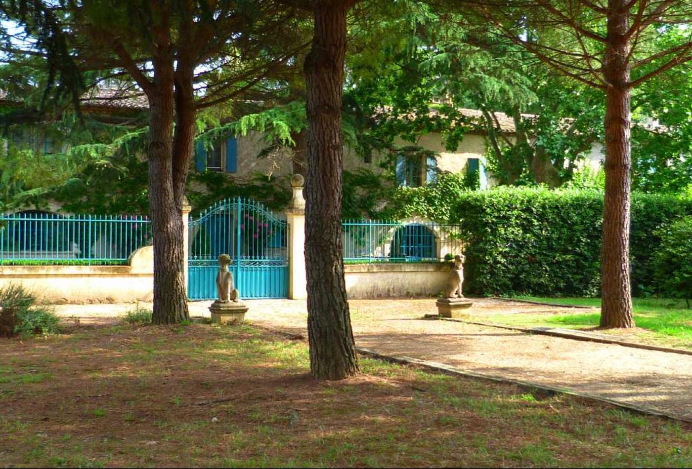 A vendre  Aigues Mortes   Réf 340148239 - Agence galerie casanova