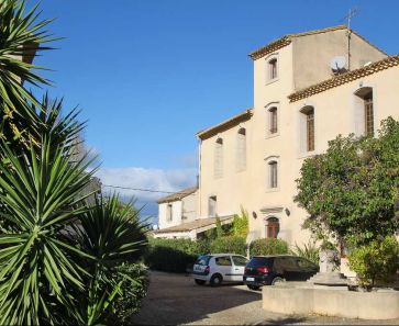 For sale Beziers  340571884 Albert honig