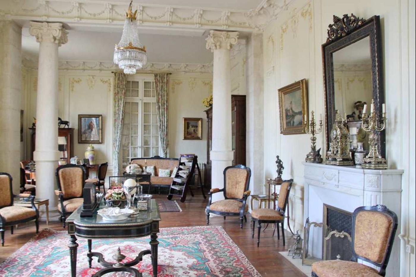 For sale Pezenas 340571908 Albert honig