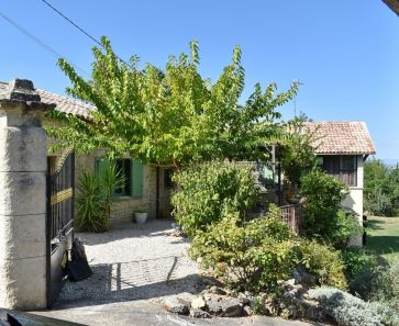 For sale Pezenas  340572276 Albert honig