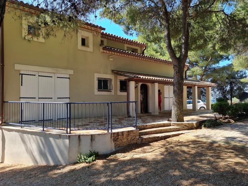 A vendre  Pezenas   Réf 340572601 - Adaptimmobilier.com