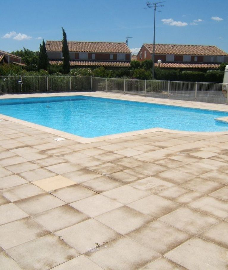 For seasonal lettings Valras Plage  340651023 Agence dix immobilier
