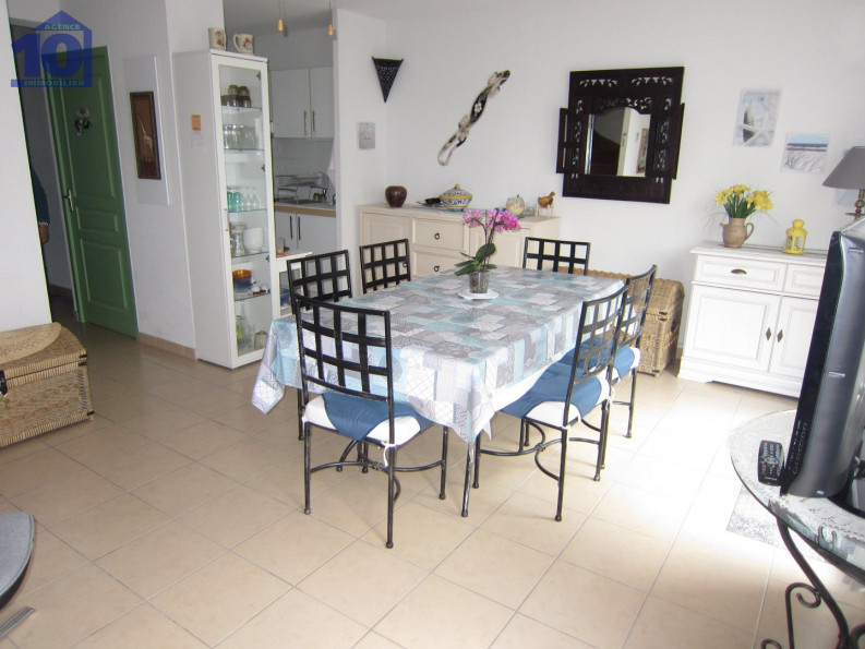 For seasonal lettings Valras Plage 340652135 Agence dix immobilier