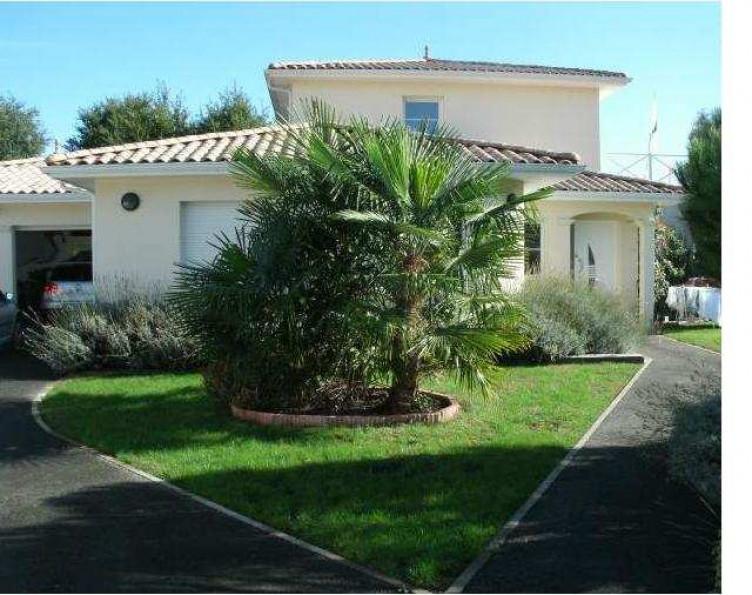 Maison en vente saint medard en jalles rf n3407043391 for Entretien jardin saint medard en jalles