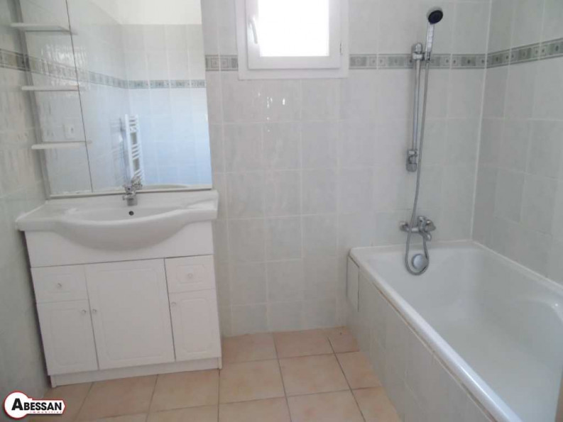 A vendre Courniou 3407051534 Abessan immobilier