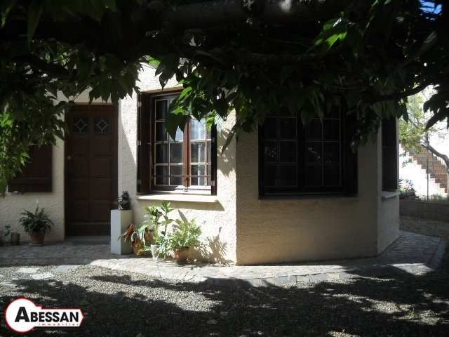 Maison individuelle en vente saint chinian r f n for Eolienne maison individuelle