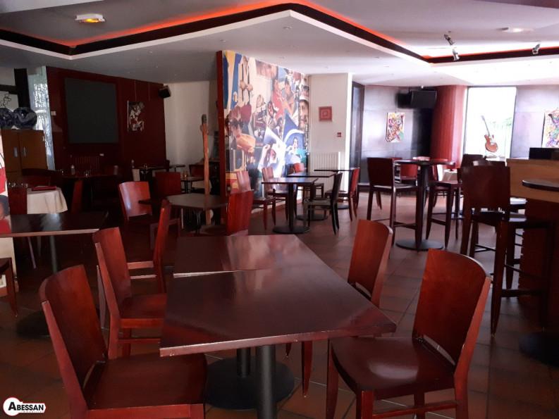 A vendre Chateau Arnoux 3407075765 Abessan immobilier