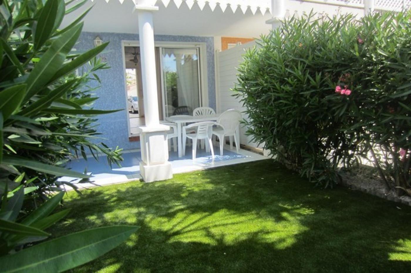 En location saisonnière Le Cap D'agde 341174426 Azura agency