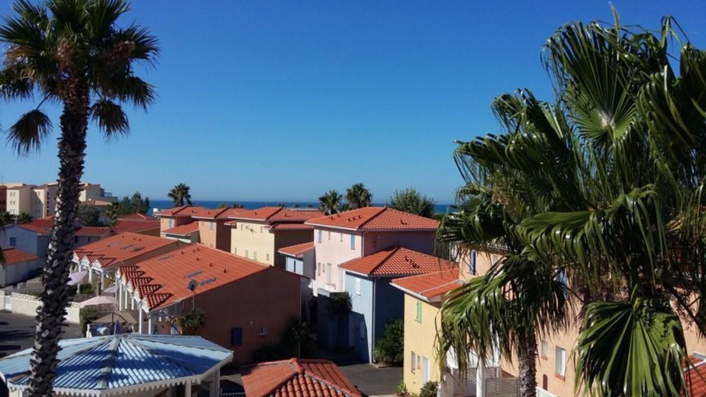 En location saisonnière Le Cap D'agde 341174428 Azura agency