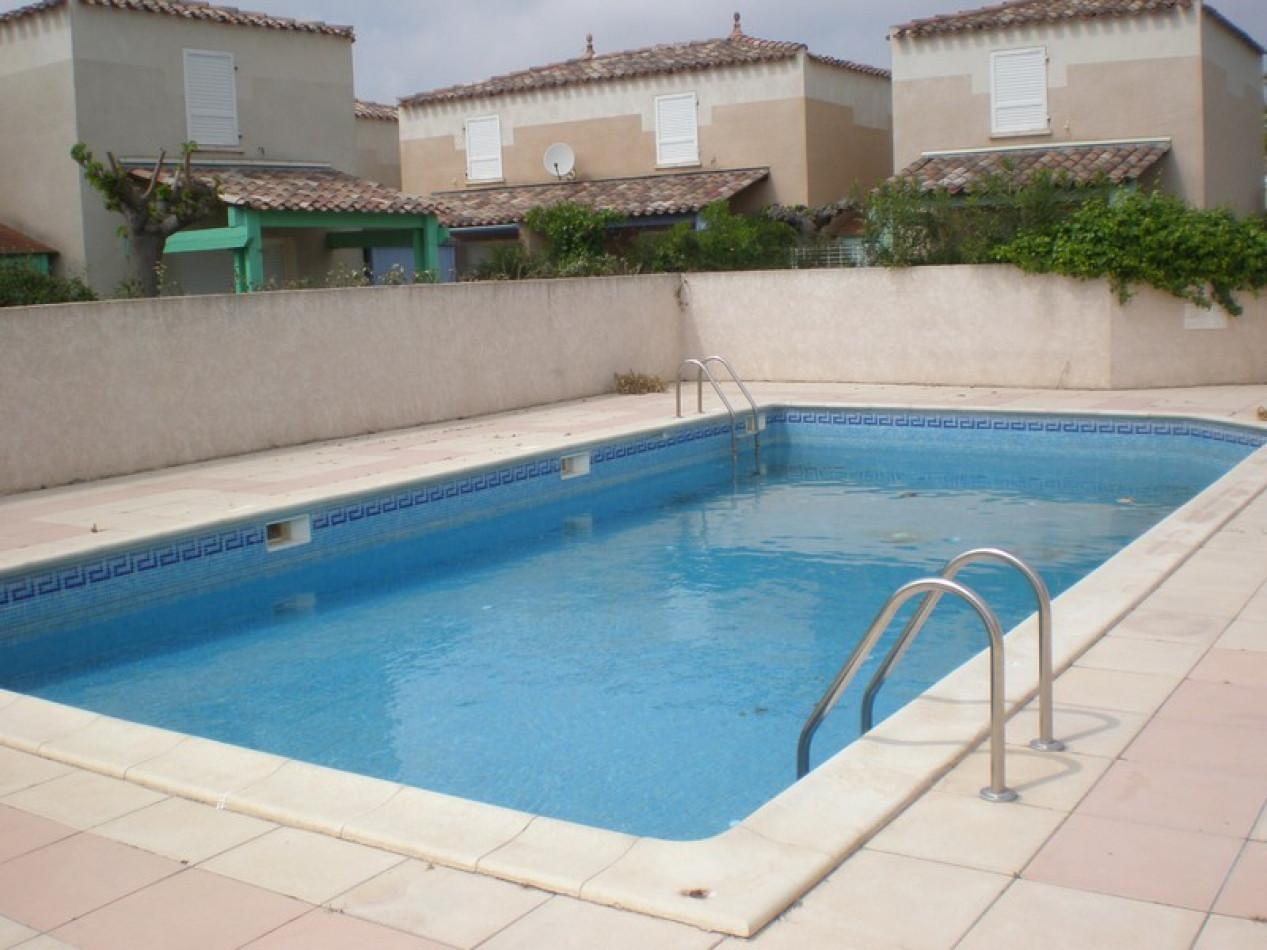 En location saisonnière Le Cap D'agde 341174460 Azura agency
