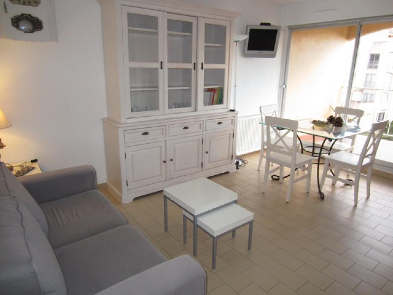En location saisonnière Le Cap D'agde 341174483 Azura agency
