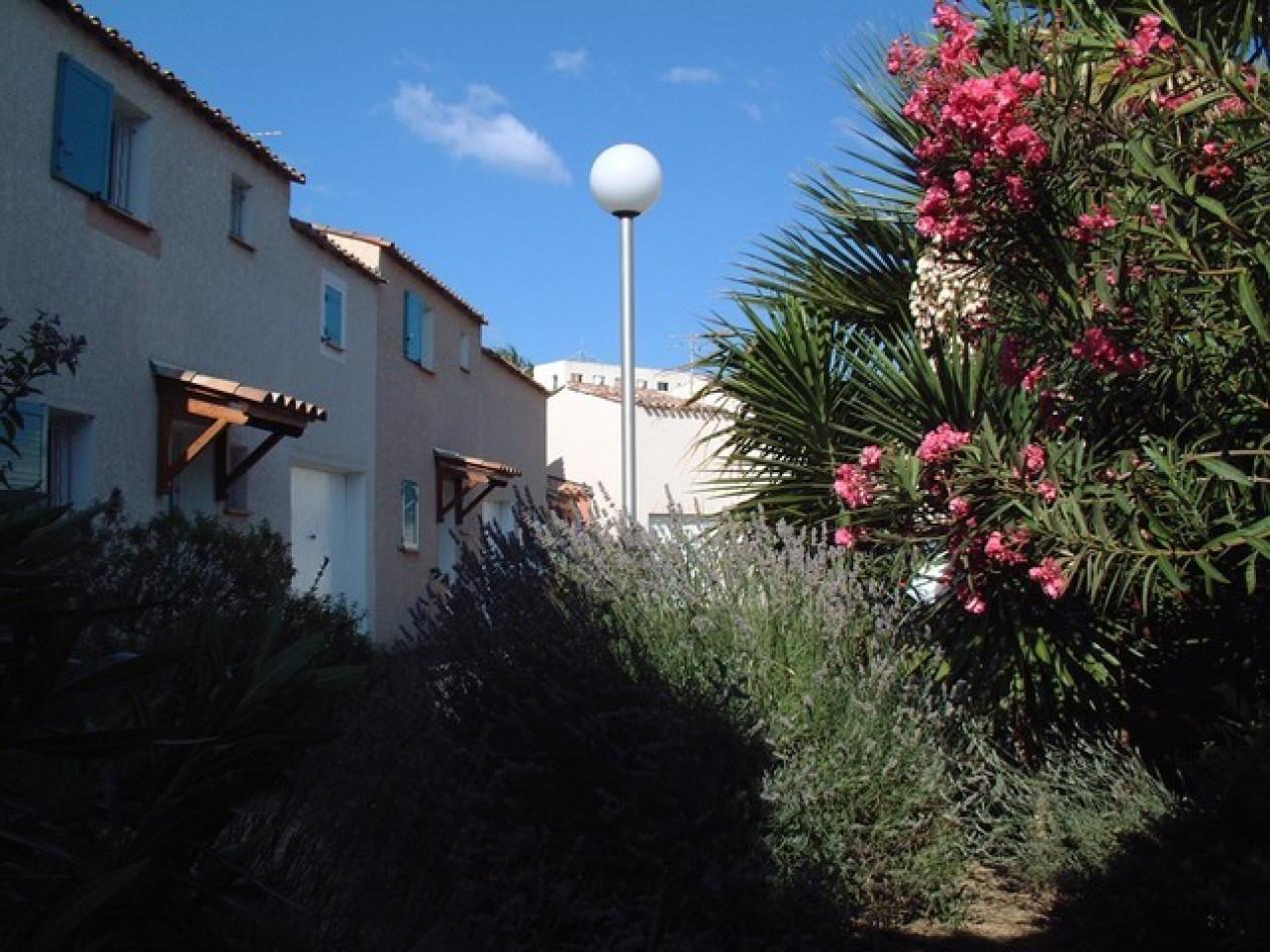 En location saisonnière Le Cap D'agde 341174504 Azura agency