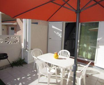For seasonal lettings Le Cap D'agde  341174424 Azura agency