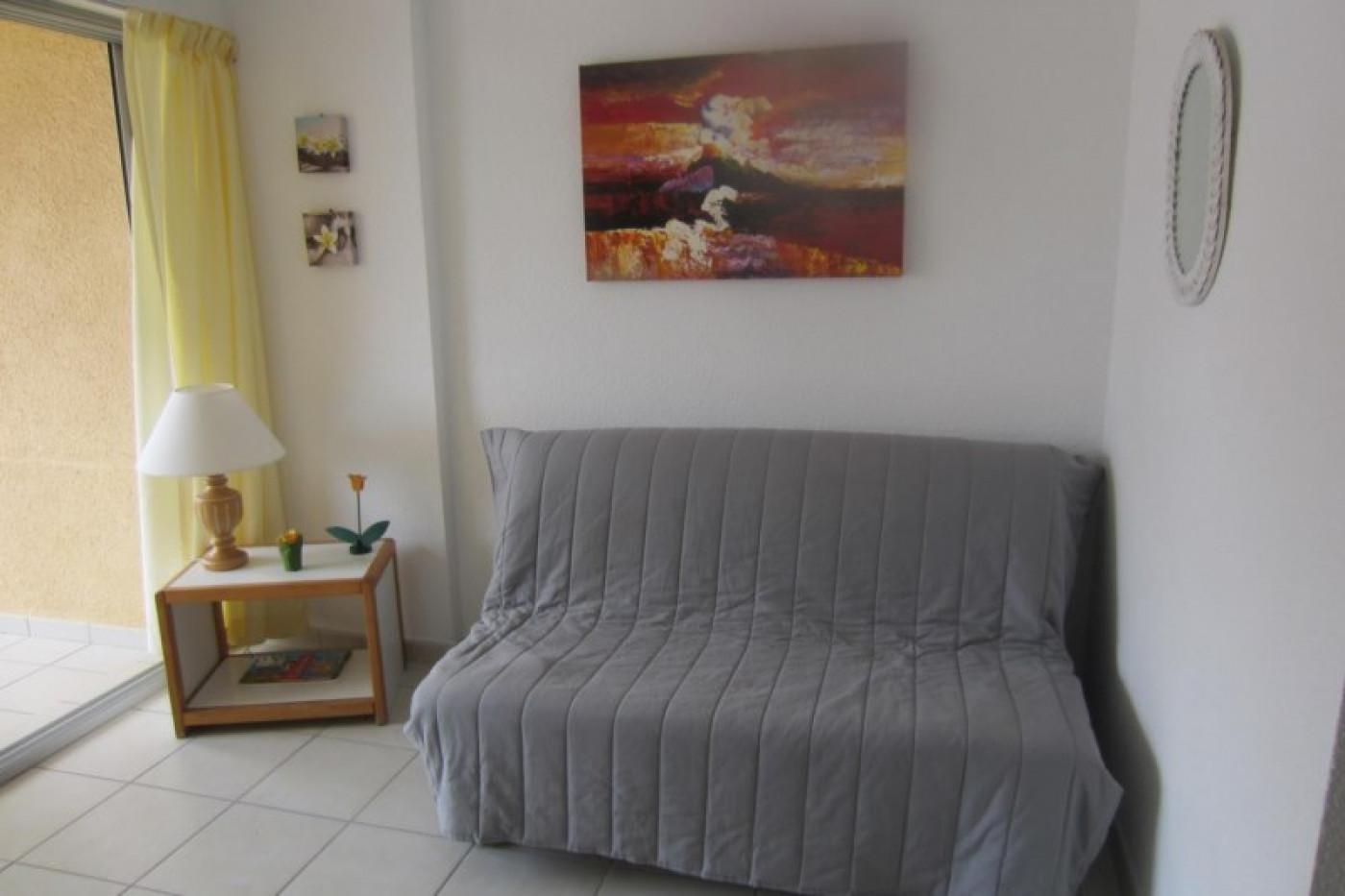 En location saisonnière Le Cap D'agde 341174403 Azura agency