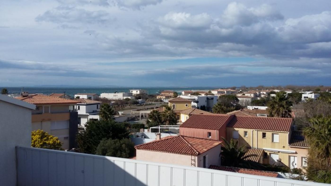 En location saisonnière Le Cap D'agde 341174664 Azura agency
