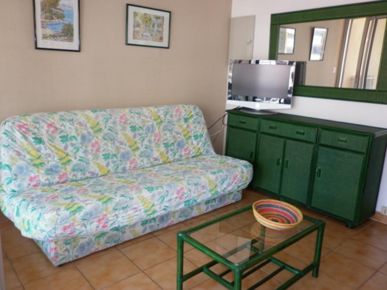 En location saisonnière Le Cap D'agde 341174468 Azura agency