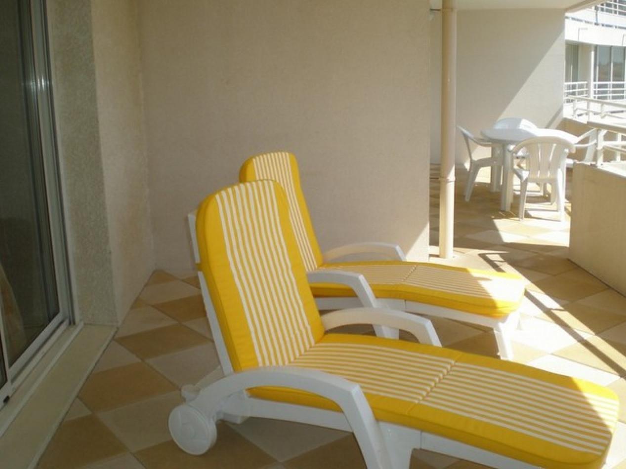 En location saisonnière Le Cap D'agde 341174393 Azura agency