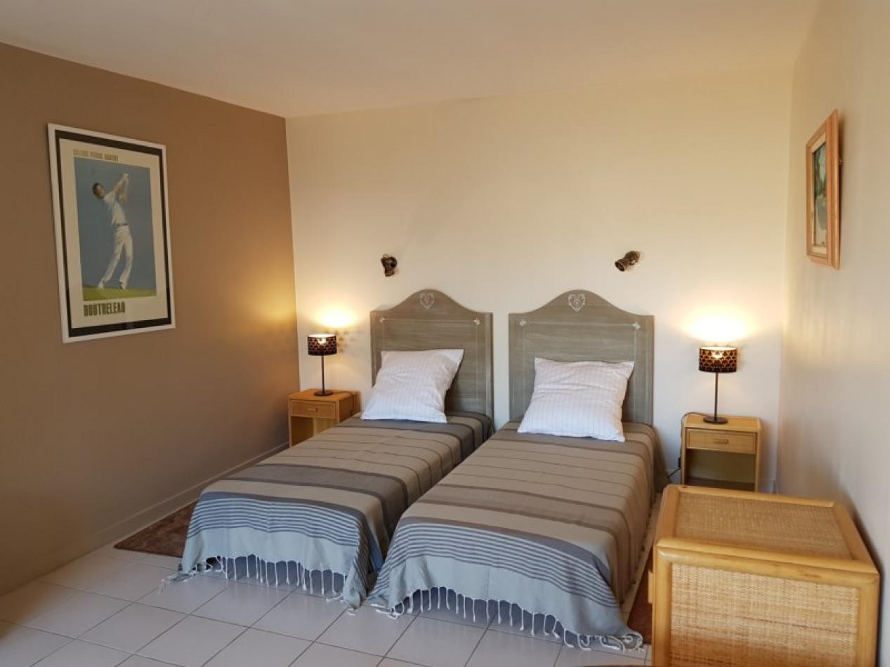 En location saisonnière Cap D'agde 341174603 Azura agency