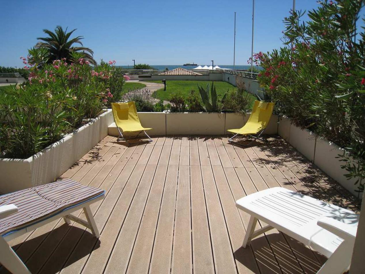 En location saisonnière Le Cap D'agde 341174609 Azura agency