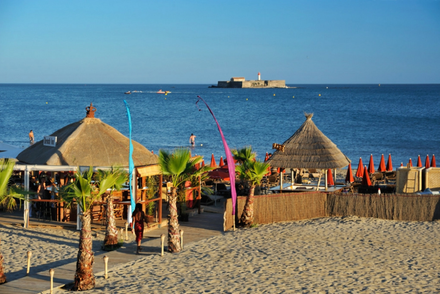 En location saisonnière Le Cap D'agde 341174469 Azura agency