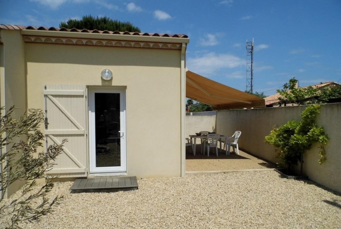 En location saisonnière Le Cap D'agde 341174452 Azura agency