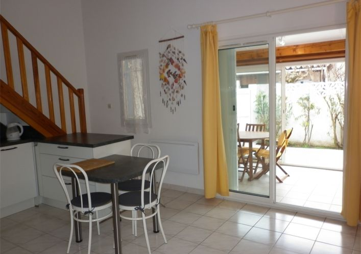 En location saisonnière Le Cap D'agde 341174695 Azura agency