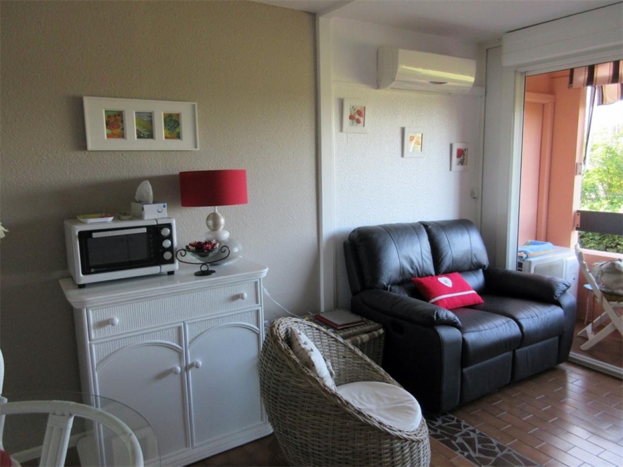 En location saisonnière Le Cap D'agde 341174699 Azura agency