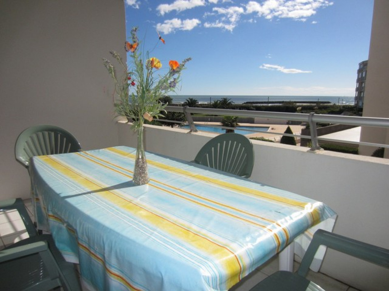 En location saisonnière Le Cap D'agde 341174482 Azura agency