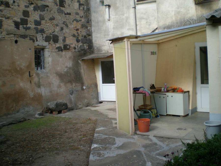 Acheter maison a renover castelmoron dans quartier for Acheter maison a renover