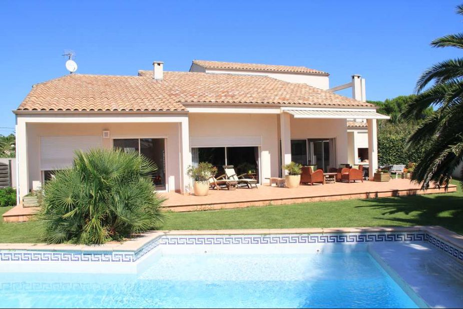 vente villa d 39 architecte le grau d 39 agde 1 avec terrasse 4 chambre s 6 pieces n 3414817606. Black Bedroom Furniture Sets. Home Design Ideas