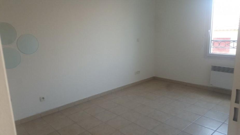A louer Villeneuve Les Beziers 3414830362 S'antoni immobilier agde