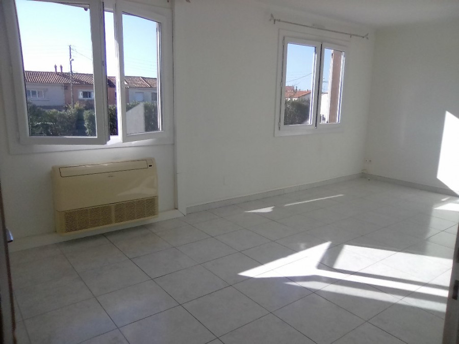A louer Agde 3414830648 S'antoni immobilier agde