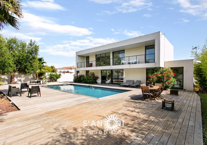 A vendre Villa d'architecte Le Grau D'agde | R�f 3414837033 - S'antoni immobilier prestige