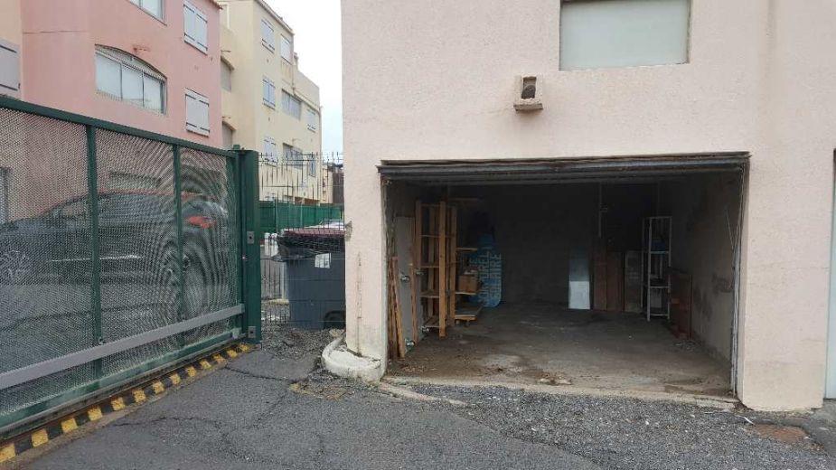 Vente garage le cap d 39 agde n 3415029270 santoni immobilier for Garage cros agde