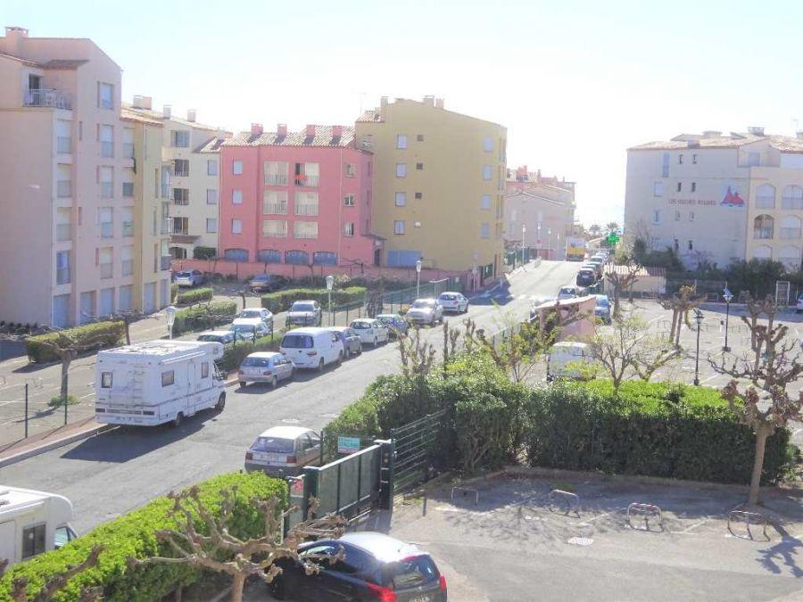 vente appartement le cap d 39 agde 1 avec terrasse 1 pice n 3415029779 santoni immobilier. Black Bedroom Furniture Sets. Home Design Ideas