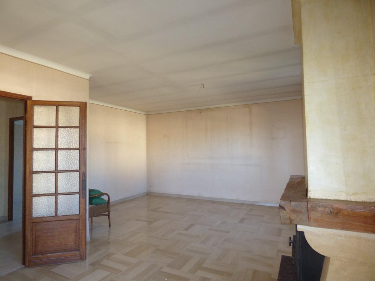 A vendre MÈze 3415133324 S'antoni immobilier