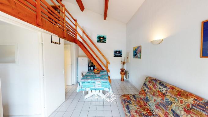 For sale  Meze   Réf 3415139726 - S'antoni real estate