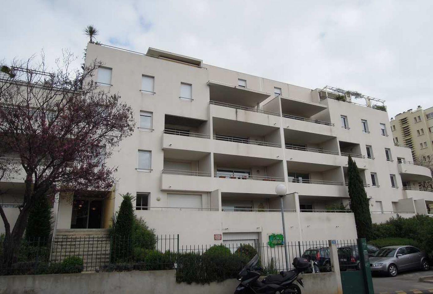 Garage en location montpellier rf 341681961 frances for Site immobilier location