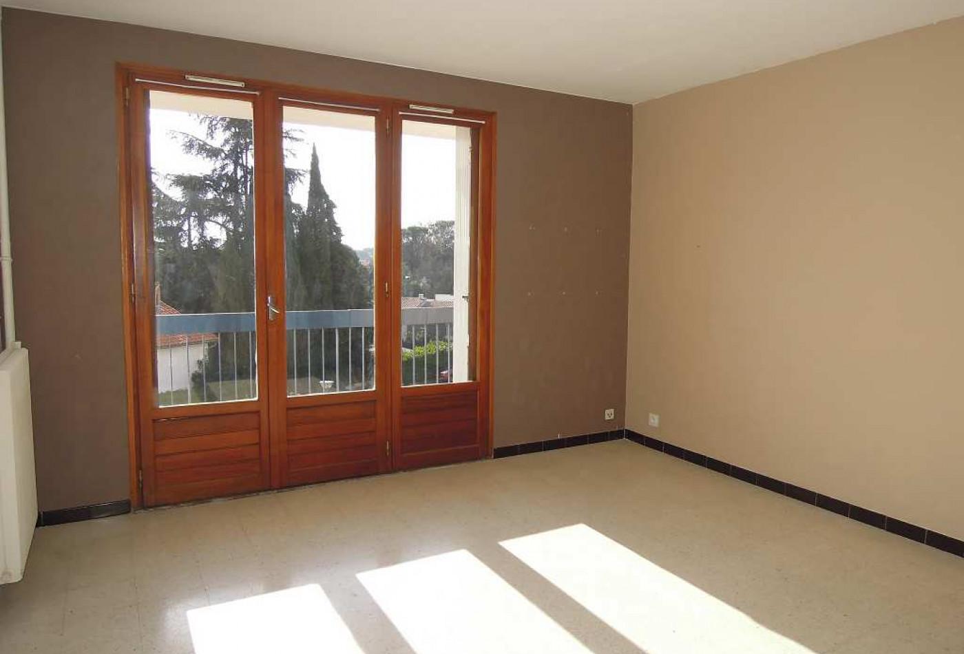 appartement en vente montpellier r f 341681966 frances immobilier. Black Bedroom Furniture Sets. Home Design Ideas