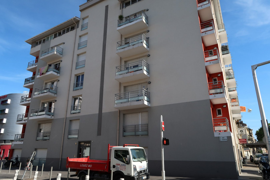 A louer Nice 3420228386 S'antoni immobilier agde