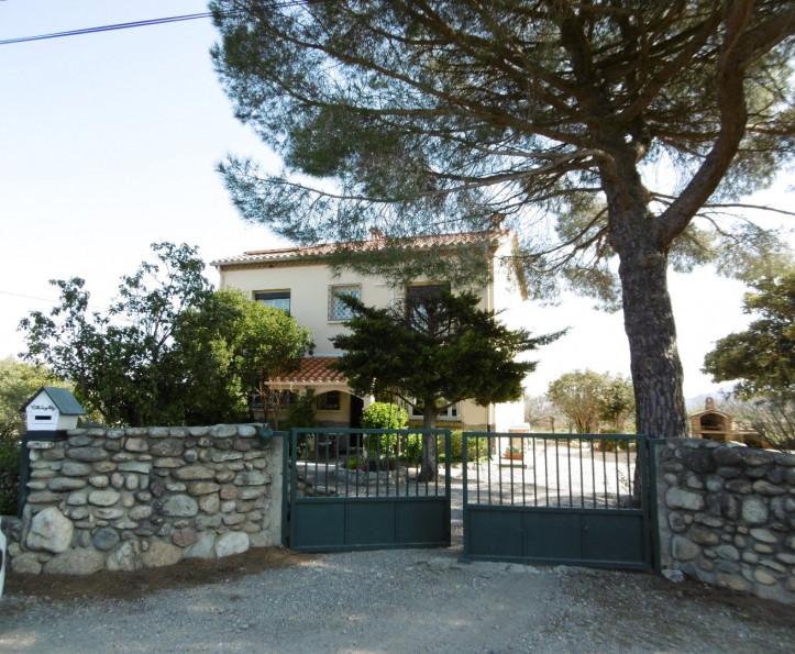 For sale  Ceret | Réf 342433677 - Artaxa