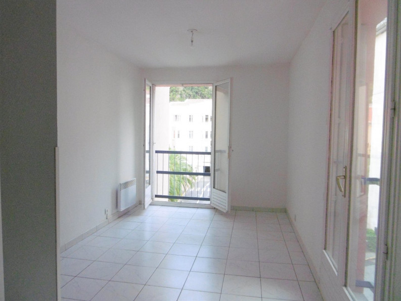 For sale  Amelie Les Bains Palalda | Réf 342434396 - Artaxa
