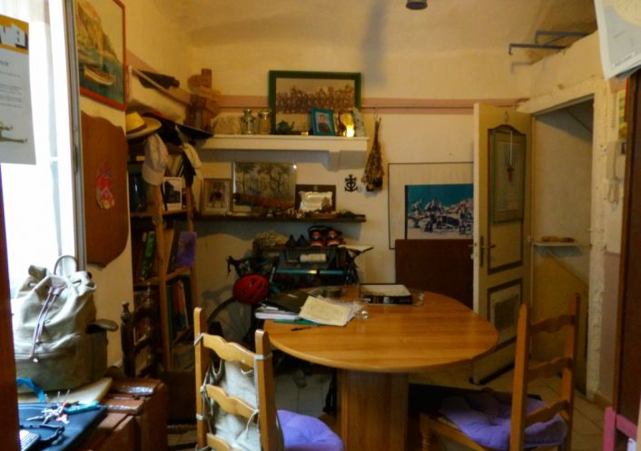 A vendre Saint Ambroix 3427217870 Guylene berge patrimoine