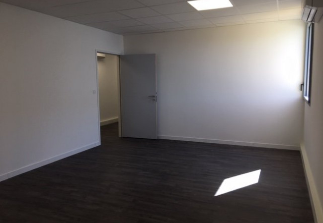 A louer  Montpellier   Réf 3427417888 - Berge immo