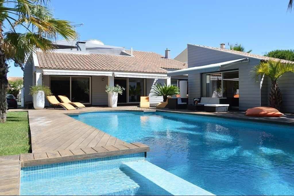 maison individuelle en vente la grande motte rf n34279951 home office immobilier. Black Bedroom Furniture Sets. Home Design Ideas