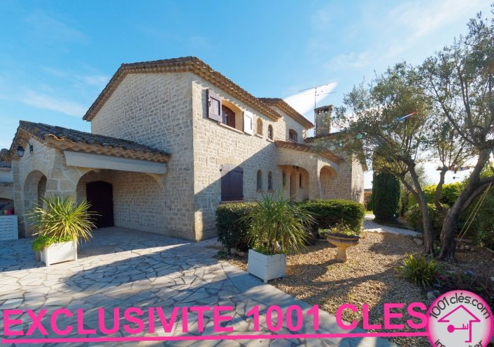 A vendre Castries 3429814434 1001 clés