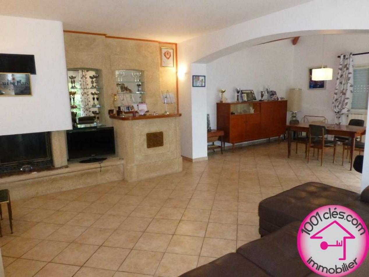 A vendre  Castries | Réf 3429824523 - 1001 clés